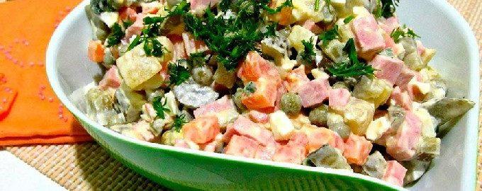 Классический салат оливье – 10 пошаговых рецептов с фото