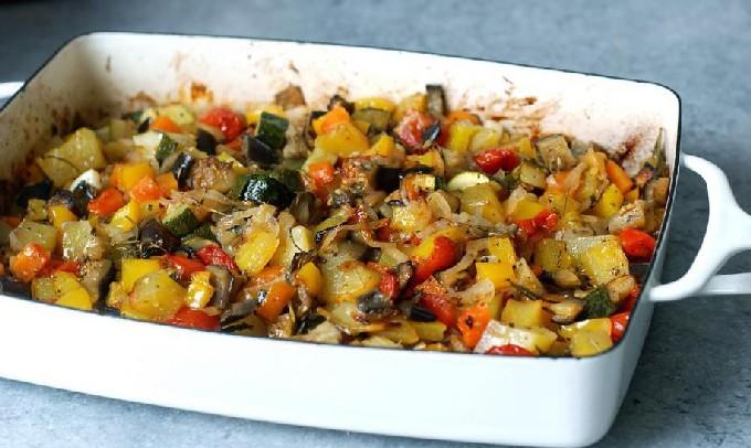 Овощное рагу с кабачками и картошкой – 10 рецептов приготовления