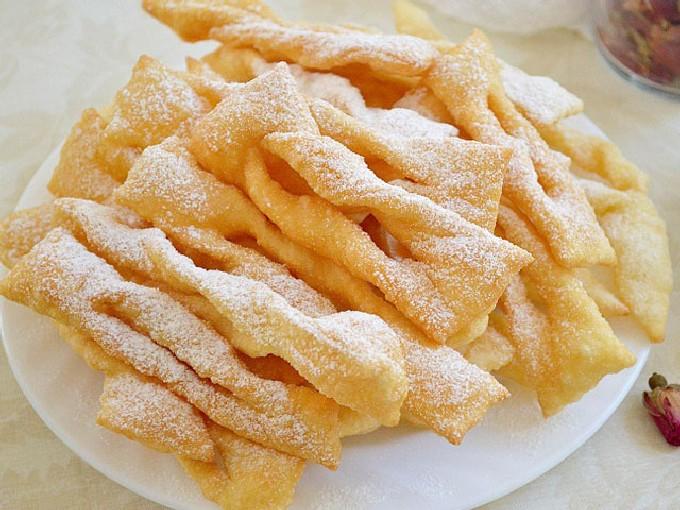 Хрустящий хворост — 10 вкусных пошаговых рецептов