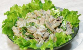 Салат с курицей и грибами - 10 очень вкусных рецептов с фото пошагово