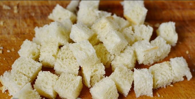 Как приготовить салат цезарь в домашних условиях - топ пошаговых рецептов с фото | Салат Цезарь с курицей - классические простые рецепты в домашних условиях
