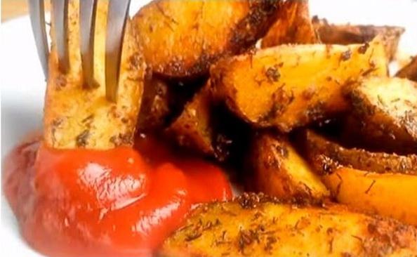 Вкусный картофель по деревенски в духовке