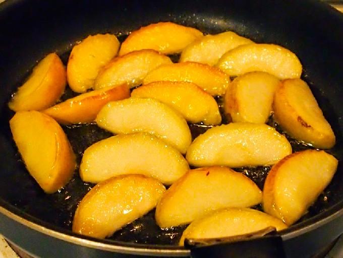 Запеченный в духовке гусь в рукаве - 7 рецептов