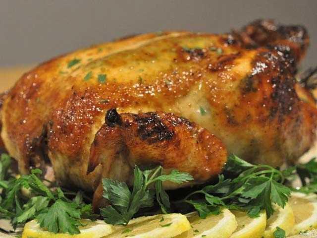 Курица на соли в духовке: рецепты с хрустящей корочкой | Курица запеченная целиком — 5 пошаговых рецептов