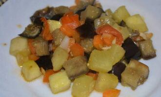 Вкусное овощное рагу с баклажанами, кабачками и картошкой - простые и быстрые рецепты