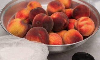 Компот из персиков на зиму - простые рецепты на 3 литровую банку - Домашняя кулинария